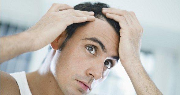 Saç Dökülmesini,Saç Kırılmasını Önlemek için Biotin Takviyesi