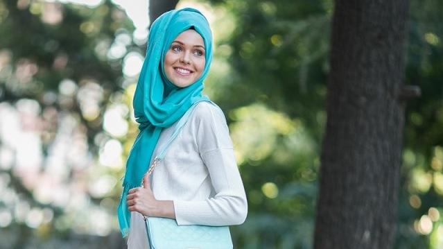 Tesettür Modası-Tesettür Elbise, Abiye,Gelinlik Giyim Şıklığı