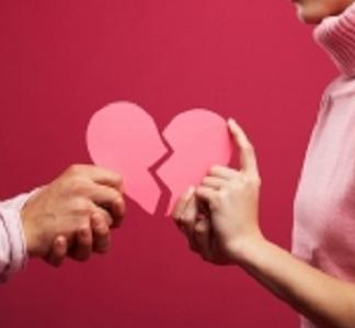 İlişkiyi Bozan ve Bitiren Yapılmaması Gereken 5 Davranış