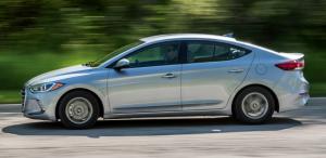 2017 Hyundai Elantra Özellikleri Türkiye Satış Fiyatı ve Performansı