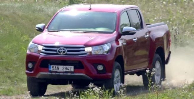 Yeni Toyota Hilux 2017 Fiyatı ,Özellikleri ve İncelemesi