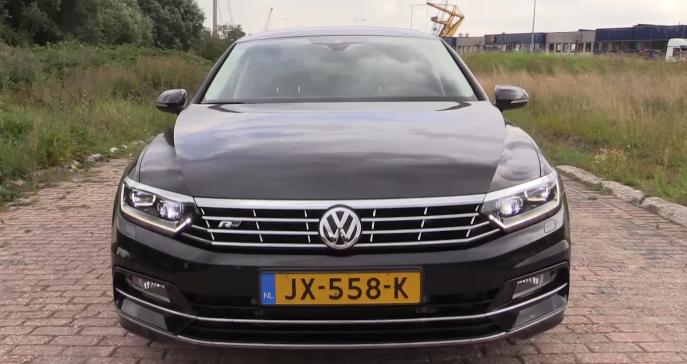 Volkswagen Passat 2017-3