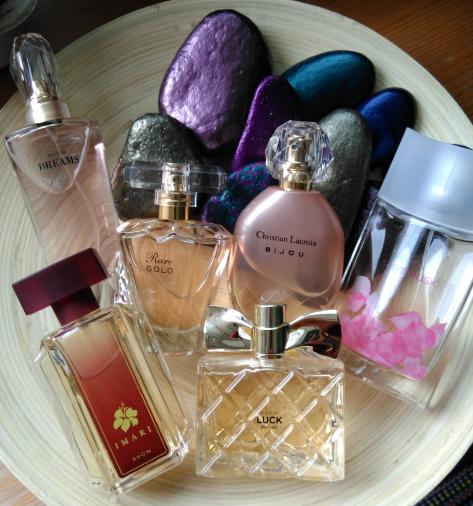 Avon En Sevilen Sonbahar Kış Parfümleri Ve İçerikleri