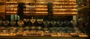 Altın 2021 Yılında Ne Olacak, 2021 'de Altın Çıkar mı ? Yoksa İnecek mi?