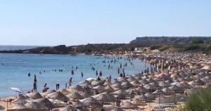 Bozcaada Denizi Nasıl? Suyu Soğuk mu? Dalgalı mı? Taşlık mı? Temiz mi? Derin mi?