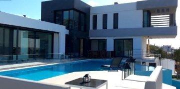 Çeşme Günlük Kiralık Villa Fiyatları 2020 (Lüks ve Havuzlu Villalar)