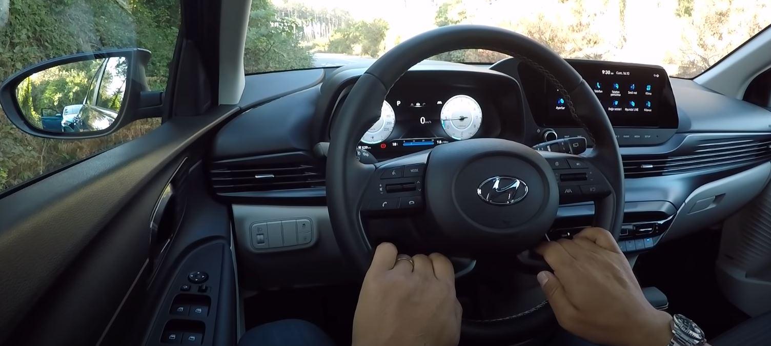 2021-Model-Hyundai-i20-ic-tasarim