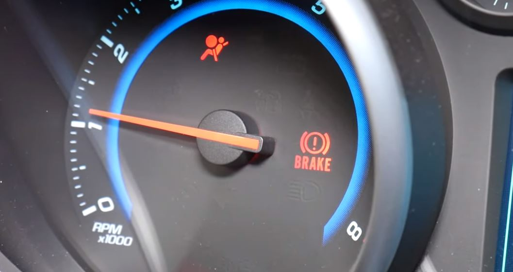 airbag-yanan-arac-muayeneden-gecermi