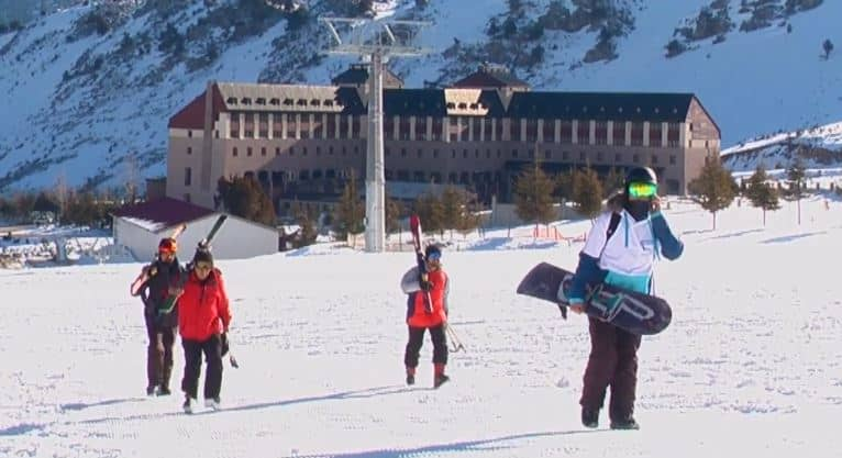Davraz Kayak Merkezi Fiyatları 2021/2022 (Otel , Kayak Takımı Kiralama Ücretleri)