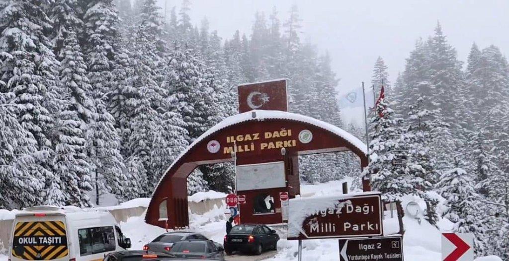 Ilgaz Kayak Merkezi Fiyatları 2021/2022 (Giriş ,Otel , Kayak Takımı Kiralama Ücretleri)